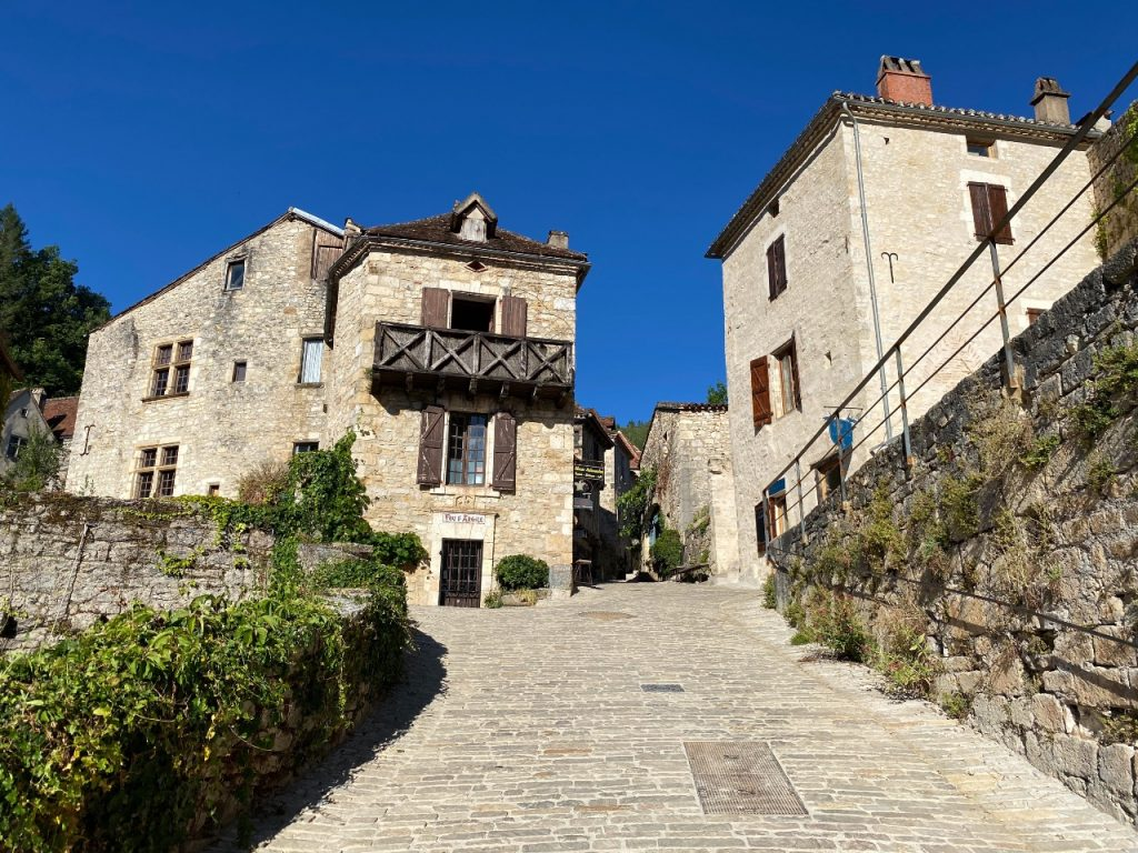 saint-cirq-lapopie 4 plekken in Frankrijk die je moet bezoeken