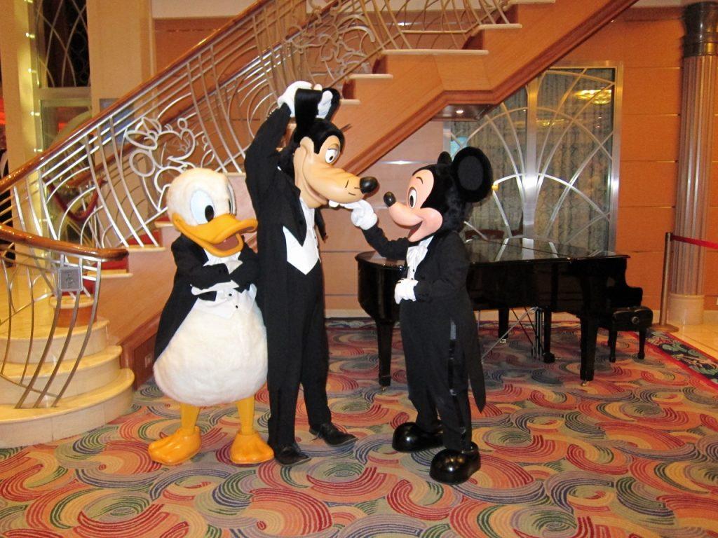 Disney Cruise Line Donald Mickey Goofy
