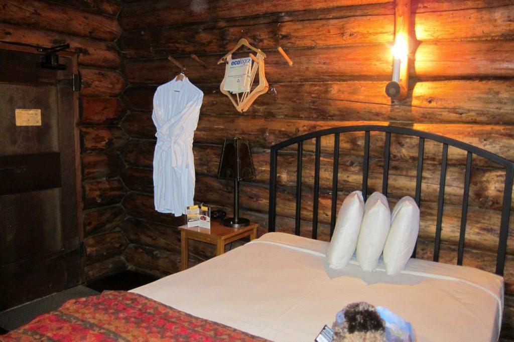 tips om yellowstone te bezoeken old faithful inn