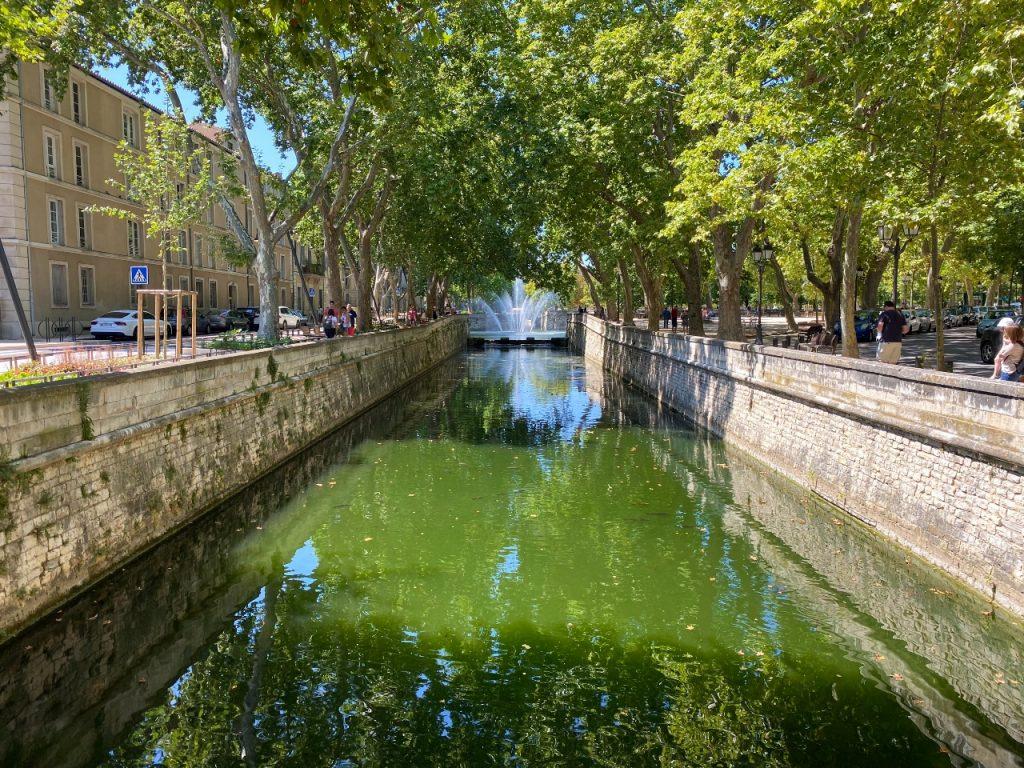 Nîmes les jardins de la fontaine