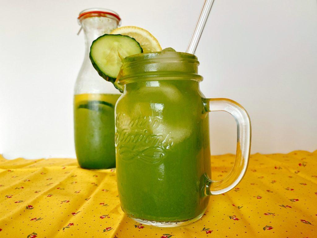 fruitwater met komkommer citroen en munt